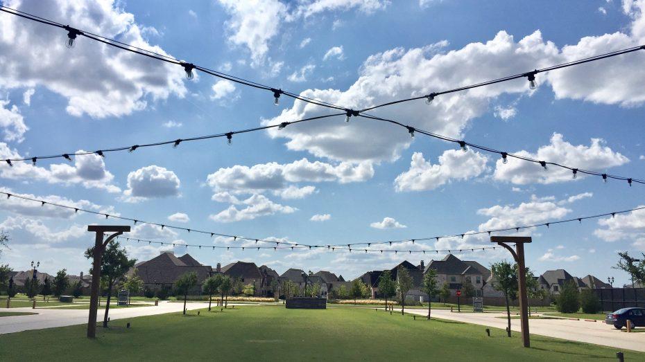 Light-Farms-Farm-Stand-Lawn-lights