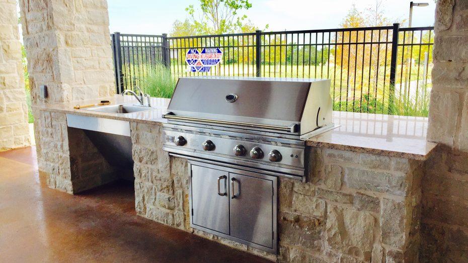 Miramonte-Frisco-amenity-grill