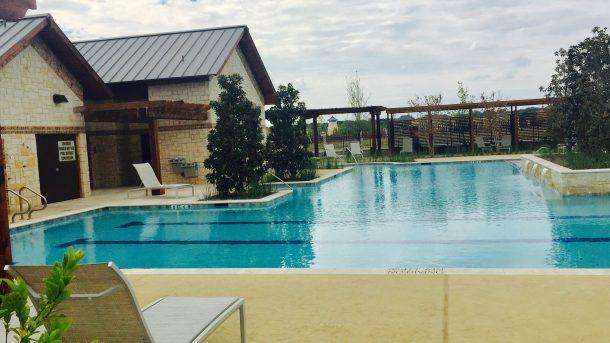 Auburn-Hills-Willowcreek-pool