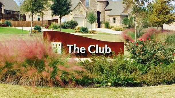 Trinity_Falls_the_Club