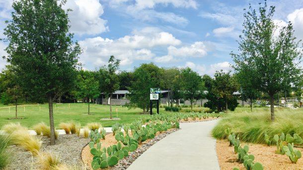 Union-Park-walking-trail