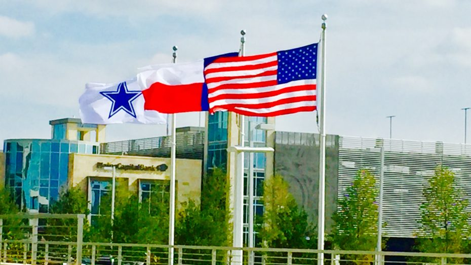 Frisco-Dallas-Cowboys-flags