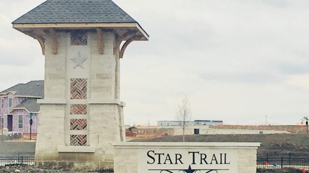 Star-Trail-sign