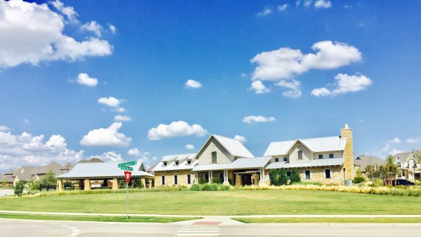 phillips-creek-ranch-frisco-pool-welcome-center