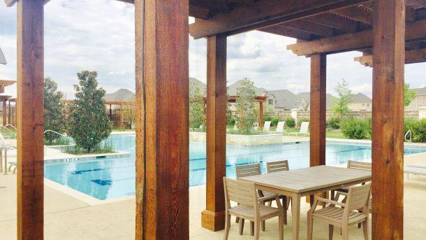 Auburn-Hills-Willowcreek-pool-arbor