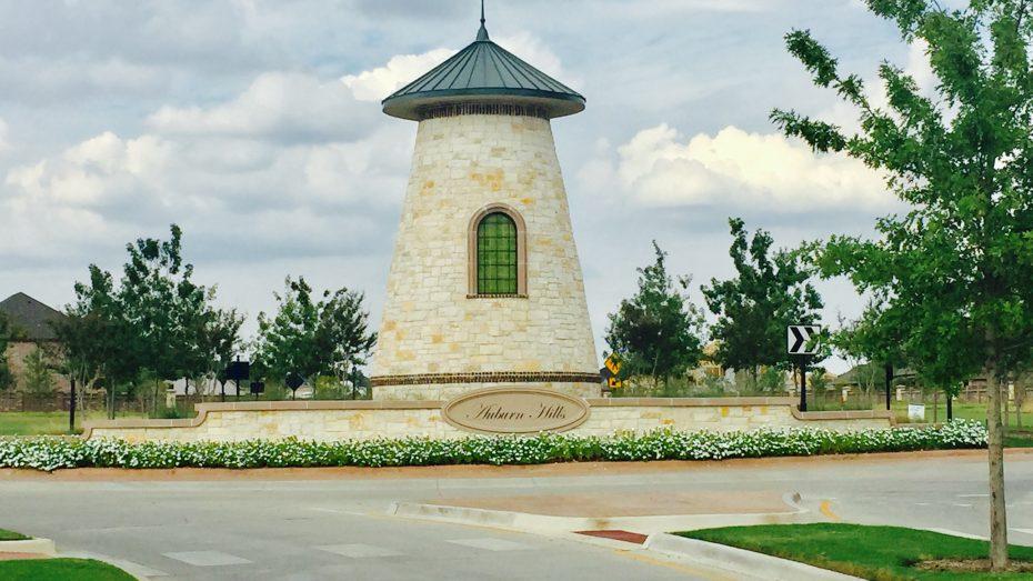 Auburn-Hills-tower