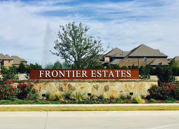 Frontier_Estates_entrance