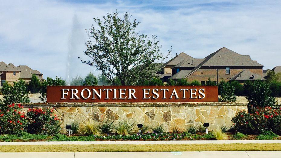 Frontier_Estates_entrance
