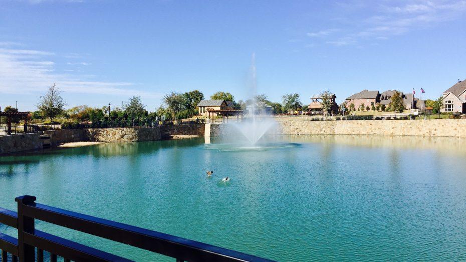 Frontier_Estates_fountain_2