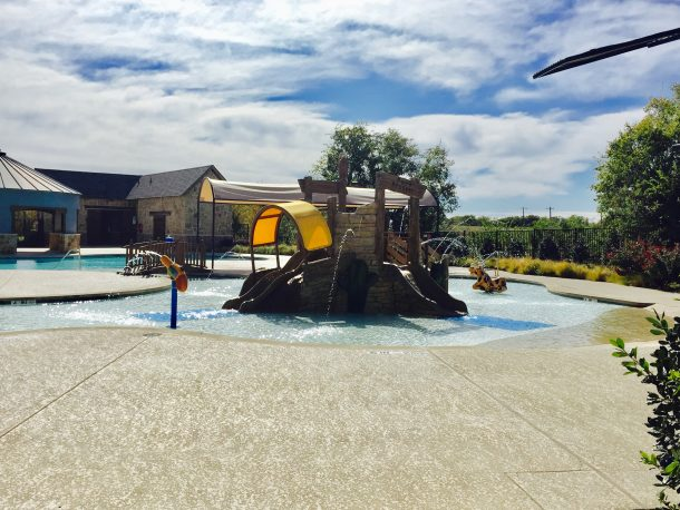 Frontier_Estates_kids_splash_pool_1