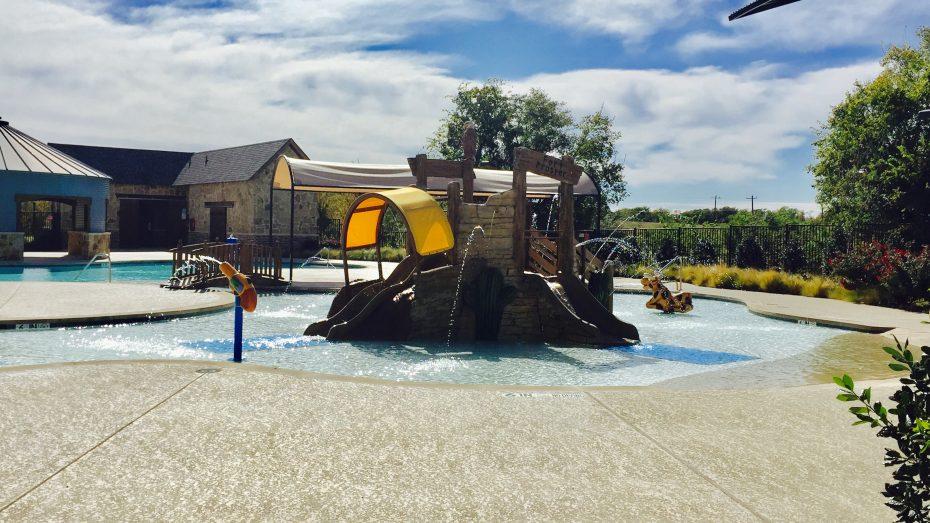 Frontier_Estates_kids_splash_pool_1