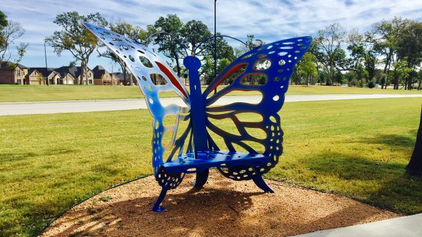 Trinity_Falls_park_butterfly_seat