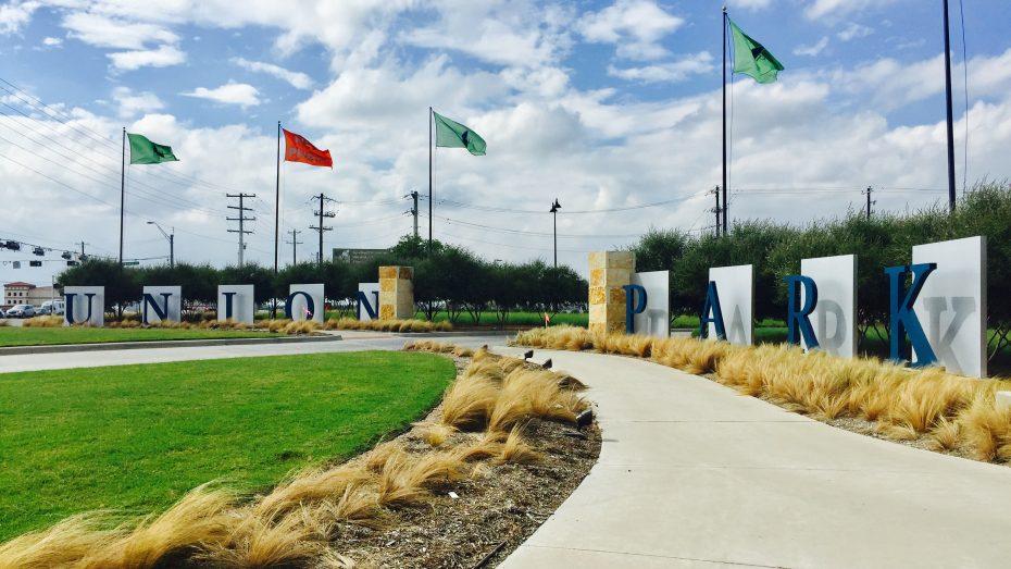 Union-Park-entrance-2
