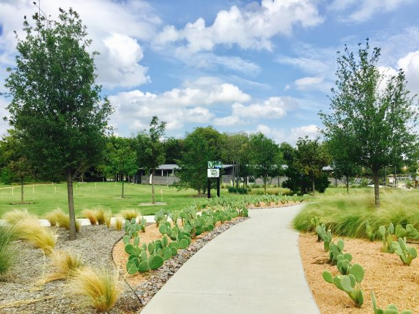 Union-Park-walking-trail