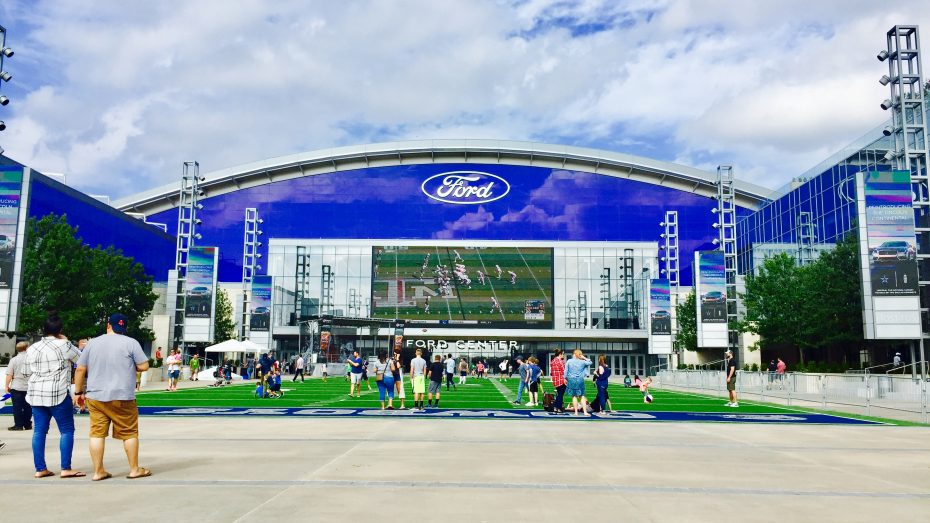 Frisco-Ford-Center-Dallas-Cowboys-1