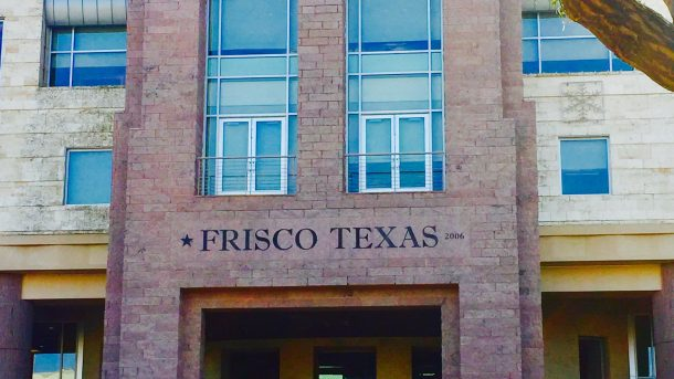 Frisco-Square-library-municipal-2