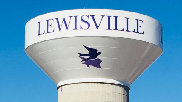 Lewisville_water_tower