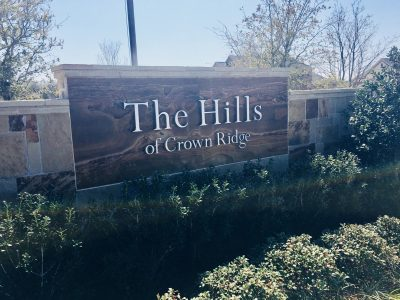 Hills_of_Crown_Ridge_Frisco_entrance_sign