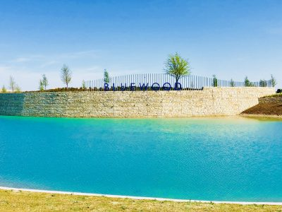 Bluewood_Celina_entrance_sign_pond_2