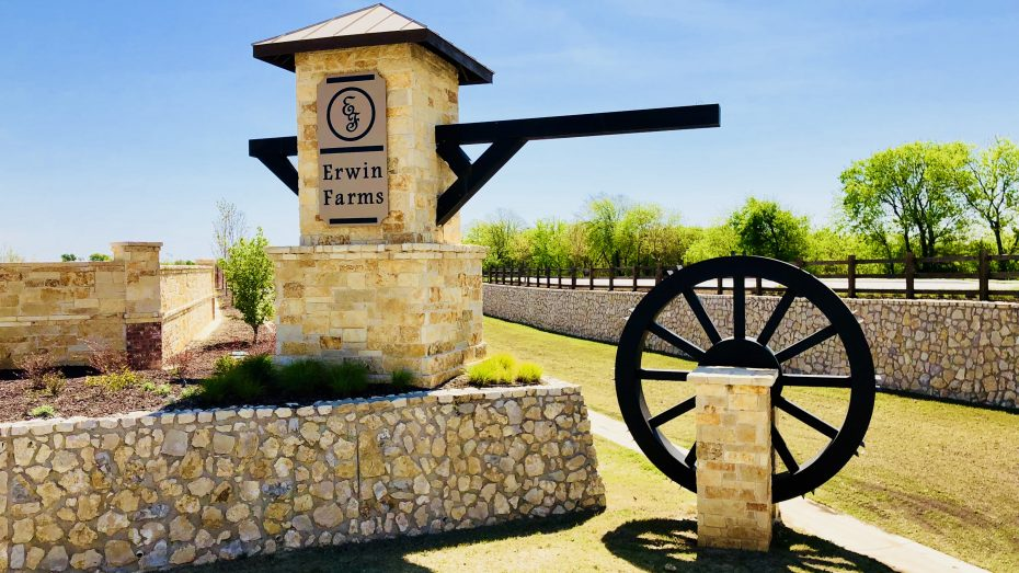Erwin_Farms_McKinney_entrance_1