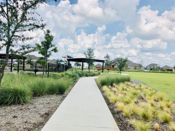 Arrowbrooke_Aubrey_amenity_center_sidewalk