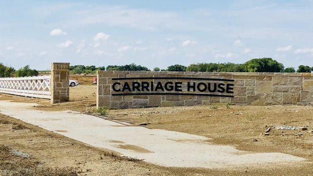 Sandbrock_Ranch_Aubrey_Carriage_House_sign_2