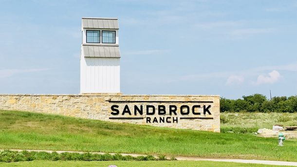 Sandbrock_Ranch_Aubrey_entrance
