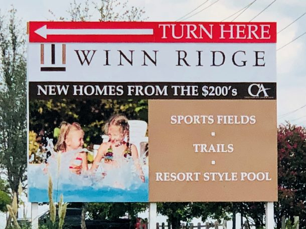 Winn_Ridge_Aubrey_community-sign
